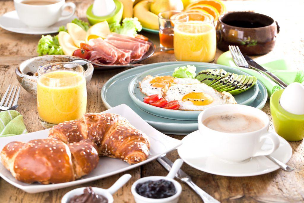 Wer auf diese Art frühstückt gefährdet seine Gesundheit