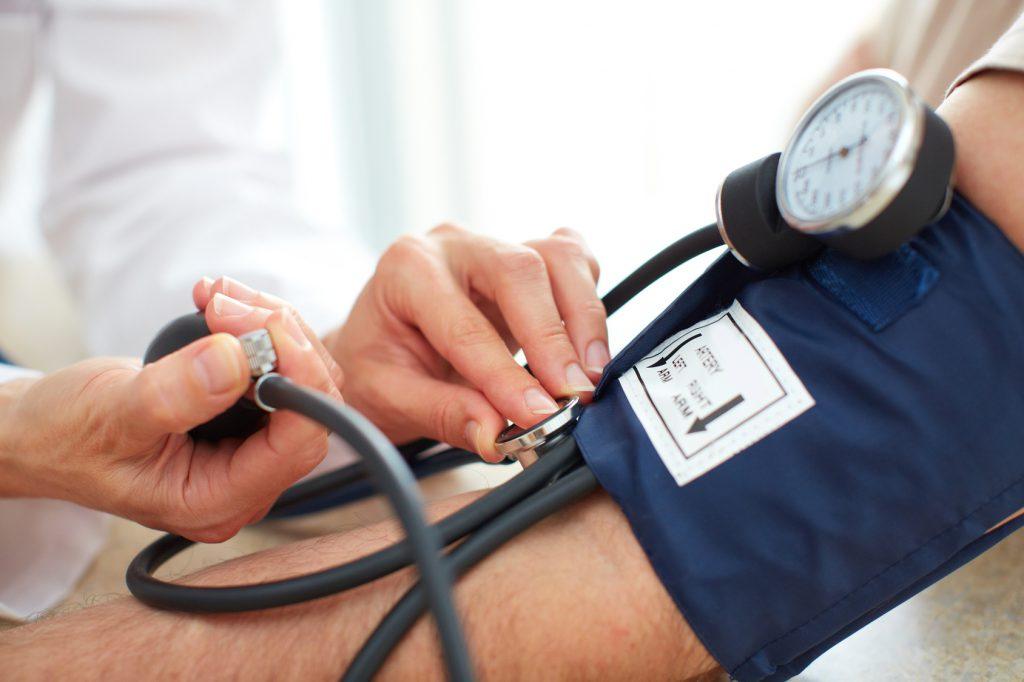 Bluthochdruck: Erst den zweiten Blutdruck-Messwert ernst nehmen