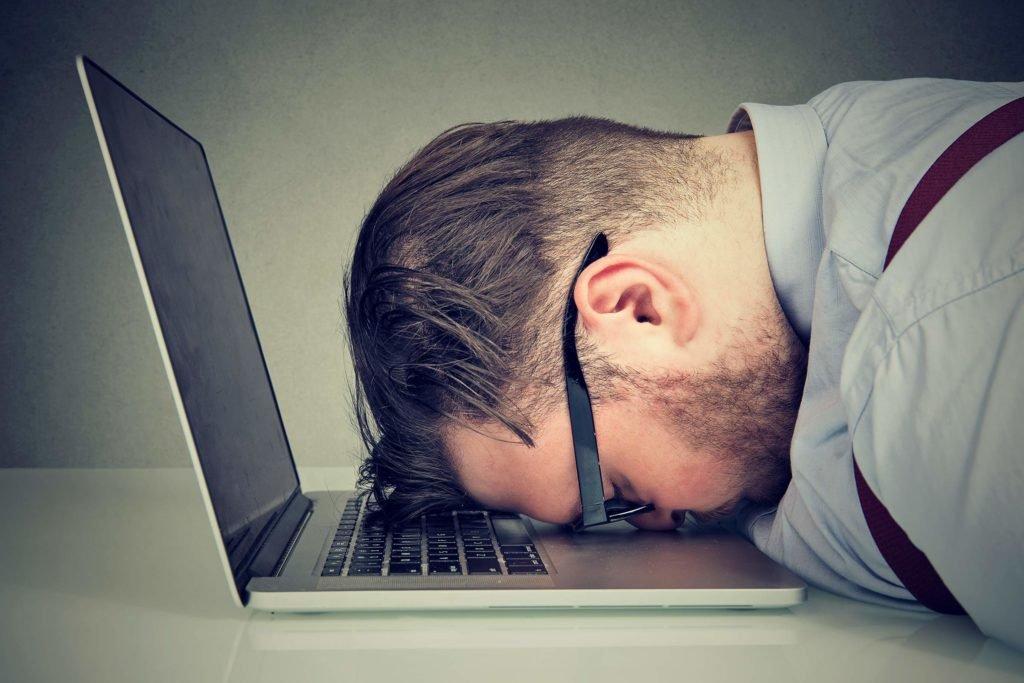 Chronische Müdigkeit – Ursachen und Behandlung