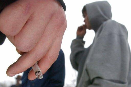 Rauchen bei Jugendlichen rückläufig Stände, und vaping können Schuld sein