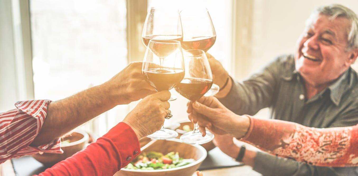 Baby-Boomer werden zunehmend eher die Gefahr Alkohol am Steuer als millennials