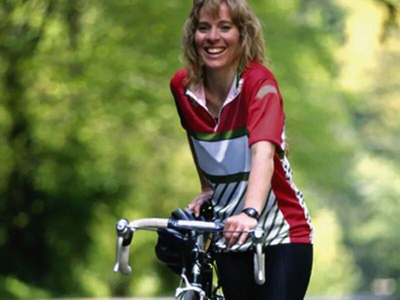 Immer aktiv, im mittleren Alter noch bietet Vorteile für die Gesundheit