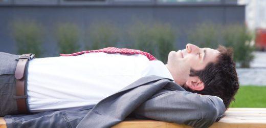 Bluthochdruck-Forschung: Kurze Mittagsschläfchen senken Blutdruck wie niedrig dosierte Blutdrucksenker