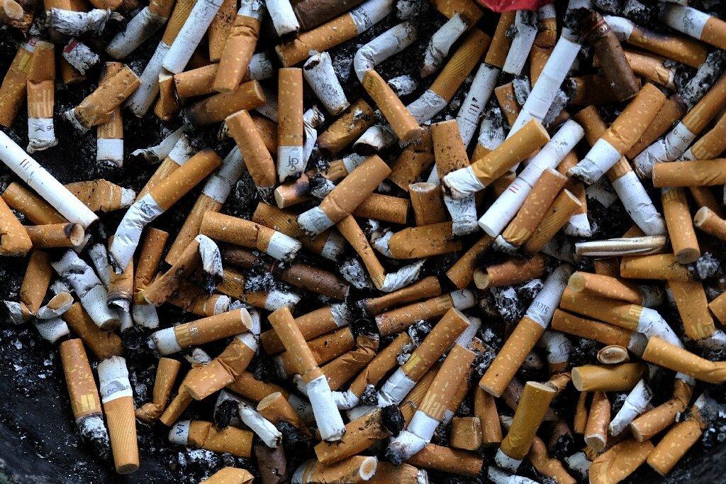 WER beklagt Big Tobacco Gebot, Rebranding Welt Kein Tabak-Tag