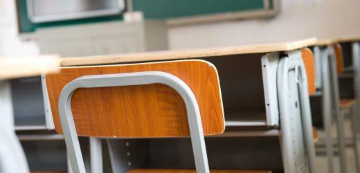 Hispanischen und schwarzen Kindern eher vermissen Schule aufgrund von Ekzemen als weiße Kinder