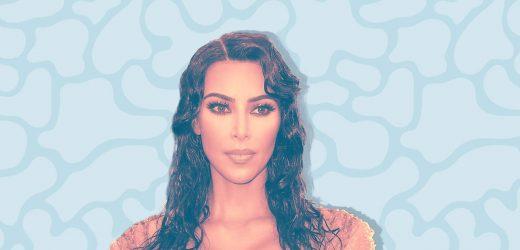 Kim Kardashian Gerade Enthüllt das Produkt, Sie Schwört, um zu vertuschen, Psoriasis