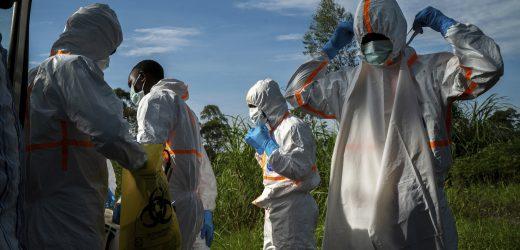 1-Jahr-alten Tochter des Mannes, der gestorben ist, der Ebola-Symptome zeigt