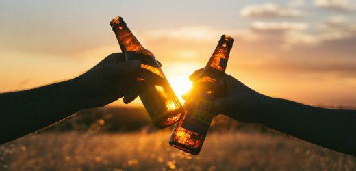 Wissenschaftler entwirren Beziehungen zwischen unseren Genen und der Einnahme von Alkohol und Salz