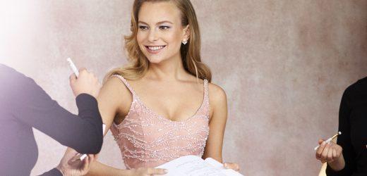 Danielle Lauder Make-Up Bereitet Launch