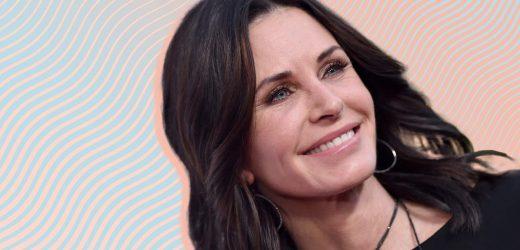 Courtney Coxs Neue, Trendige Hacken Ist im Grunde der Anti-Monica Geller