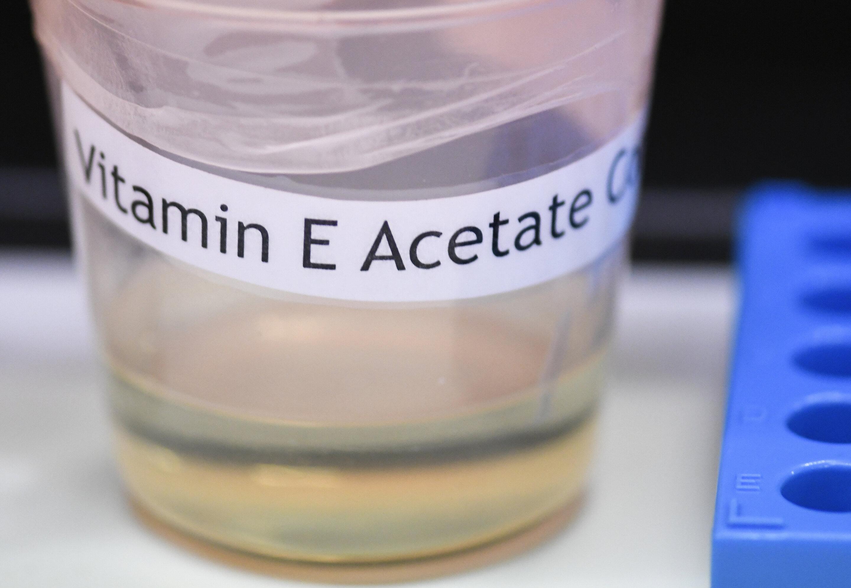 Mehr Hinweise zeigen auf die Chemische Verbindung, in UNS vaping Krankheiten