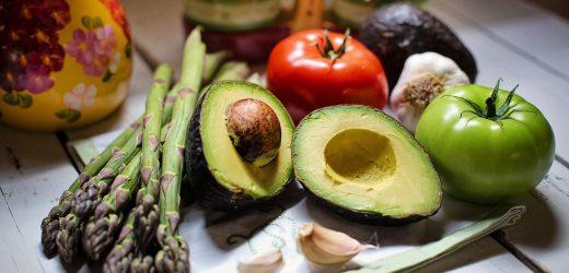 Forschung findet, dass Geld kann helfen, gestresste Menschen Essen mehr Obst und Gemüse