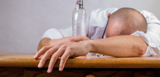Zusammenhang zwischen Alkoholkonsum und Depressionen könnten Hilfe für die Behandlung