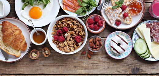 Frühstücken verbrennt viele Kalorien
