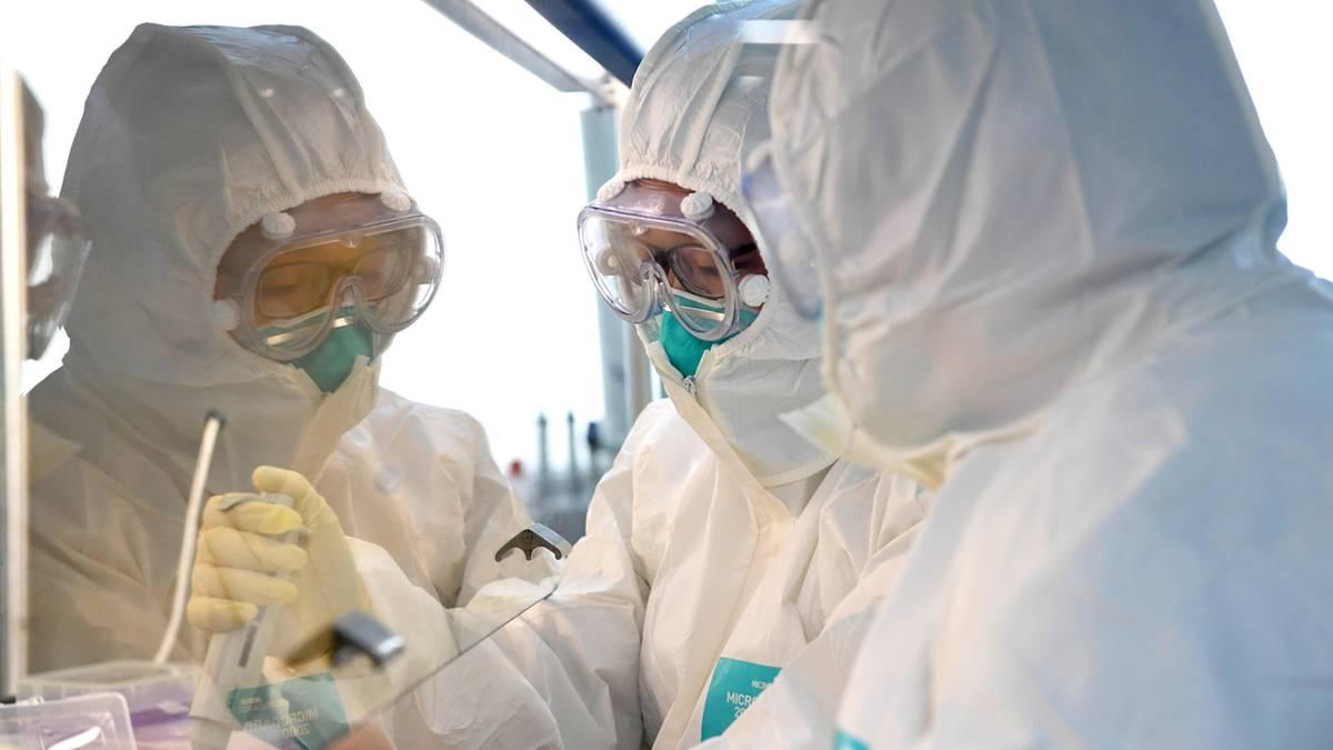 Arzt warnte vor Coronavirus und wurde zum Schweigen gebracht. Nun ist er selbst erkrankt