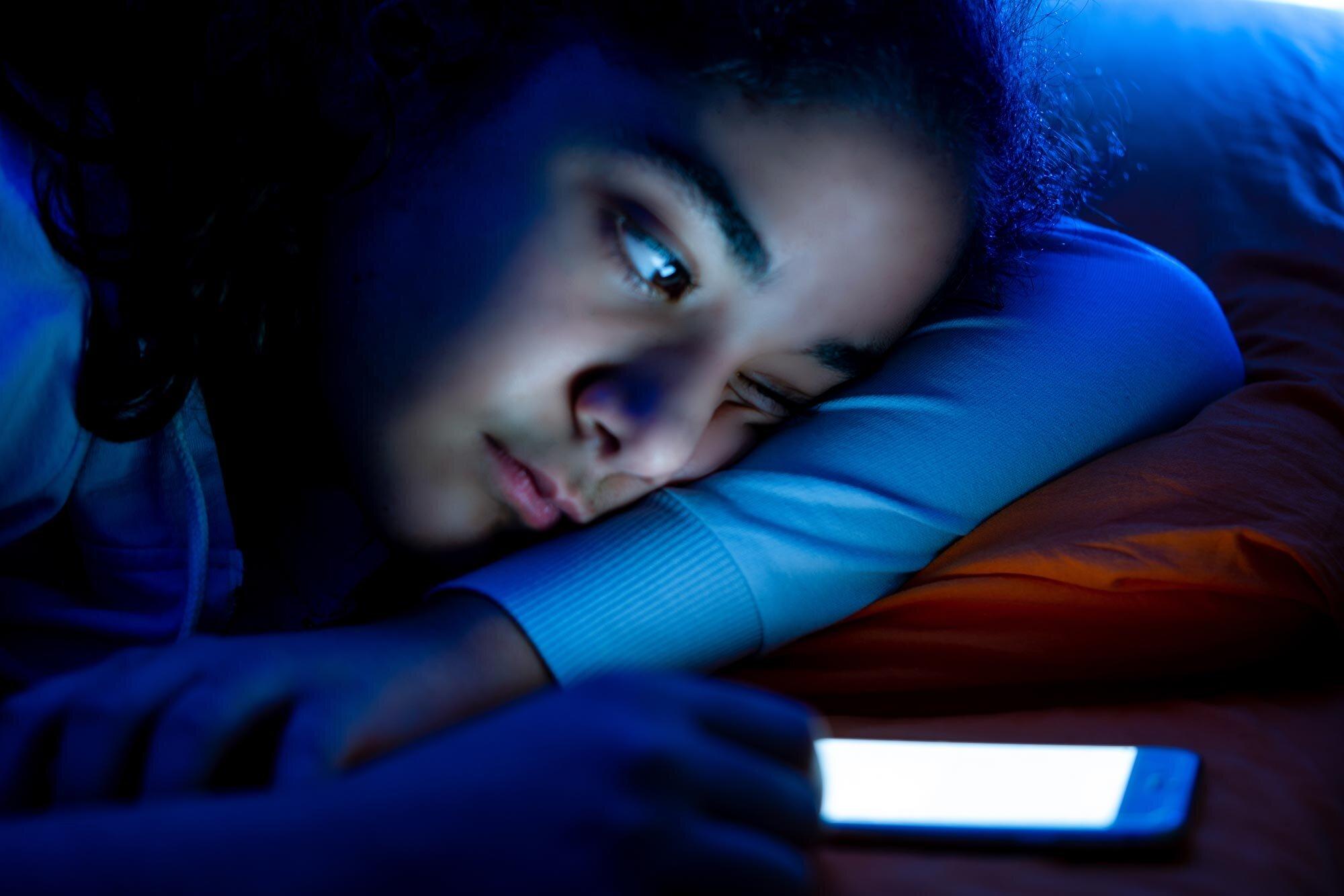 Ist Ihre Jugendlichen genug Schlaf? 3 Dinge, die alle Eltern wissen sollten