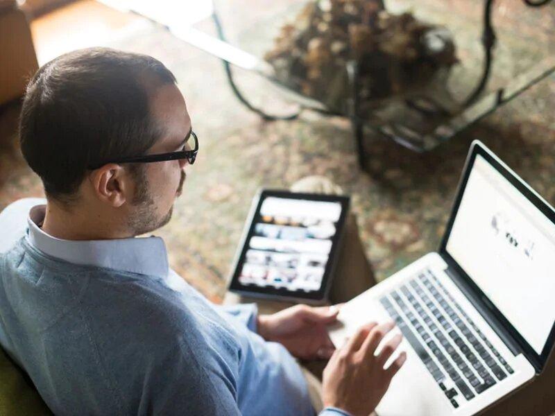 Arbeitnehmer mit einem Risiko für COVID-19-Exposition kann den Zugriff auf online-Schulungen