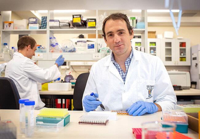 Forscher COVID Testverfahren in weltweit