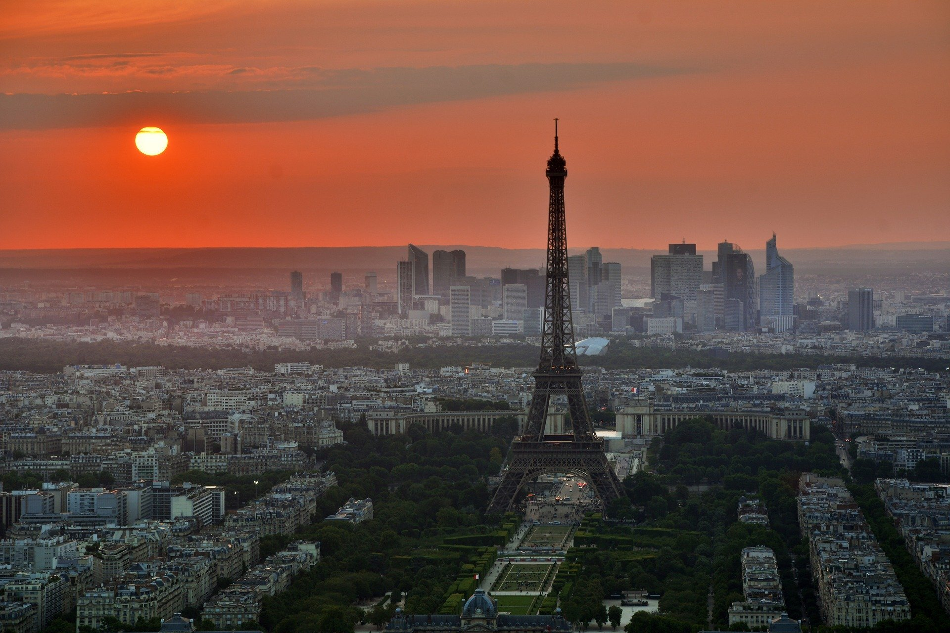 """Macron sagt Frankreich ein Tor geschossen hat seinen """"ersten Sieg"""" gegen den virus"""