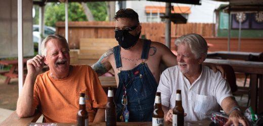 Texas, Florida langsame Wiedereröffnung als virus Fällen surge