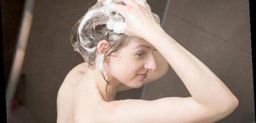 Plastikfrei leben: Umweltfreundlich – aber wie gut pflegt festes Shampoo?