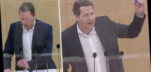 FPÖ-Politiker macht Corona-Schnelltest mit Cola – und vergisst dabei Entscheidendes